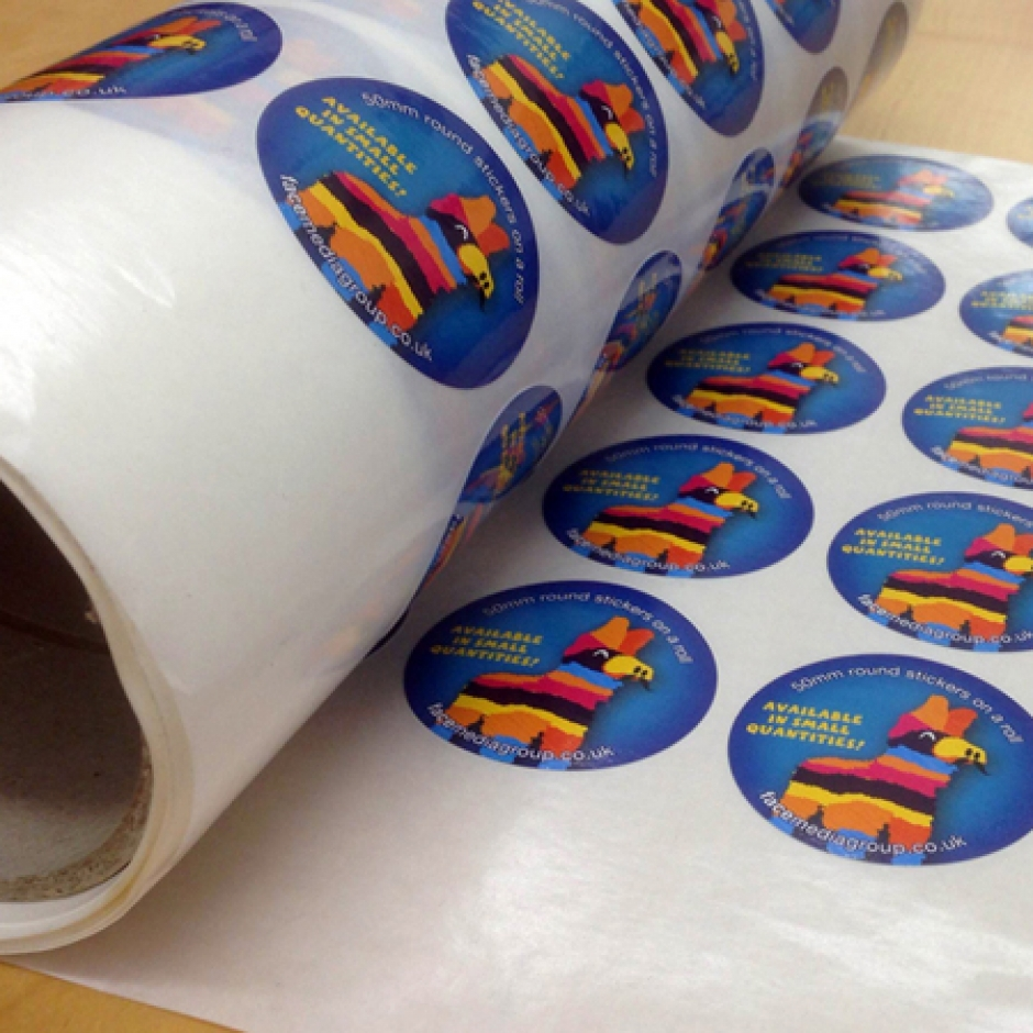 stickers_on_a_circle_roll